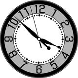 Horloge murale avec le cadran arabe Photos stock