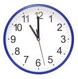 Horloge murale bleue Image libre de droits