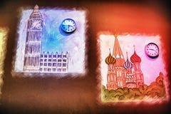 Horloge murale imaginativement conçue Photographie stock libre de droits