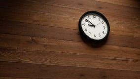 Horloge murale rapide banque de vidéos