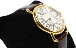 Horloge op zwart hoofdkussen Royalty-vrije Stock Fotografie