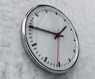 Horloge réaliste de bureau Photo libre de droits