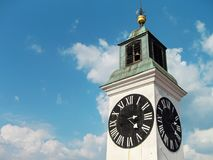 Horloge renversée de tour d'horloge Image libre de droits