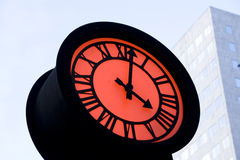 Horloge romantique de rue images stock