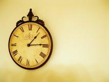 Horloge rustique Photographie stock