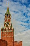 Horloge sur la tour de Spassky de Kremlin Photographie stock