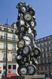 Horloges als materiaal voor abstract beeldhouwwerk. Royalty-vrije Stock Afbeeldingen