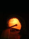 Horno con el soplete de cristal en un taller que sopla de cristal Foto de archivo libre de regalías