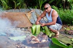 Horno de la tierra - isla del Pacífico Foto de archivo