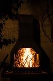 Horno de piedra al aire libre tradicional para cocinar Imagen de archivo libre de regalías