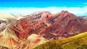 Hornocal :颜色山- MontaA±aa de Colores 库存照片