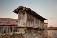 Horreo,典型的西班牙粮仓 库存图片