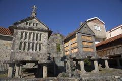 Horreo tradycyjna budowa utrzymywać zbierał adrę w północnym Hiszpania Zdjęcia Royalty Free