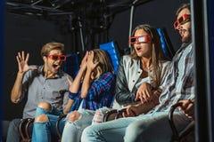 Horreur de observation de foule au cinéma Photos stock