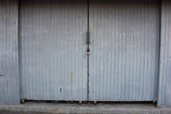 Horror drzwiowy junkyard Obrazy Stock