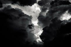 Horror oscuro de la nube en la noche Foto de archivo libre de regalías