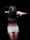 Horror tirado: mujer de griterío asustadiza del monstruo Foto de archivo