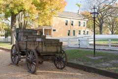 Horse-Drawn βαγόνι εμπορευμάτων επί του εγχώριου εθνικού ιστορικού τόπου του Λίνκολν Στοκ Εικόνες