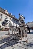 Horse-drawn μεταφορά στον καθεδρικό ναό, Stephansplatz - το κύριο τετράγωνο της Βιέννης, ιστορικό κέντρο της πόλης, Βιέννη, Αυστρ Στοκ Εικόνες