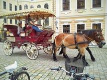 Horse-drawn ταξίδι μεταφορών στη Δρέσδη Στοκ Εικόνες