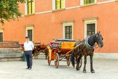 Βαρσοβία Horse-drawn μεταφορά στο κεντρικό τετράγωνο Στοκ Εικόνα