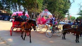 Επίσκεψη από τη horse-drawn μεταφορά Στοκ φωτογραφία με δικαίωμα ελεύθερης χρήσης