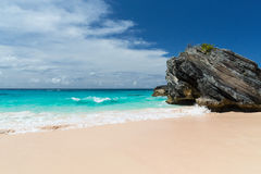 Horseshoe Bay Bermuda. Horseshoe Bay is perhaps the most famous beach in Bermuda. A very popular tourist spot, it lies on the main island`s south Atlantic Ocean Stock Photo