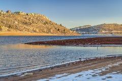Horsetoothreservoir in de winter stock afbeeldingen