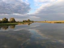 Hortobà ¡ gy国家公园的湖 免版税库存照片
