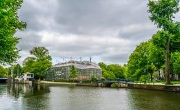 Hortus Botanicus увиденное от нового Herengracht стоковые фото