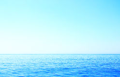 Horyzont na denny niedalekim wyspa Corfu Obrazy Royalty Free