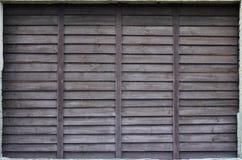 Horyzontalna tekstura ściana od kilka rzędów brown stare drewniane deski Malująca drewniana ściana w brown colo Obrazy Stock