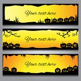 Horyzontalni Halloweenowi sztandary z czarnym gradientem i ramami ilustracja wektor
