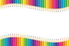 horyzontalny deseniowy bezszwowy Set odosobneni barwioni ołówki czerwień, pomarańcze, błękit, purpura, menchie, zieleń, kolor żół ilustracja wektor