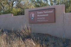 Horyzontalny Tonto Krajowy zabytek podpisuje wewnątrz Arizona fotografia royalty free