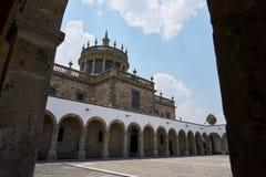 Hospicio Cabañas στην ημέρα στοκ εικόνες