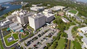 Hospital aéreo Miami da mercê