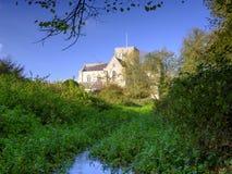 Hospital de la cruz del St y Almhouses de la pobreza noble, en luz del sol de igualaci?n caliente del oto?o, Winchester, Hampshir foto de archivo