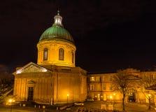 Hospital de La Grave in Toulouse bis zum Nacht stockfoto