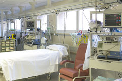 Hospital emergency room with bed and equipment Stock Photography