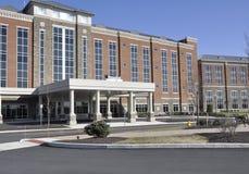 Hospital grande Imágenes de archivo libres de regalías