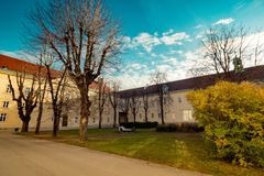 Hospital principal velho em Viena, Áustria, dia, exterior Imagens de Stock Royalty Free
