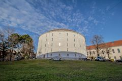Hospital principal velho em Viena, Áustria, dia, exterior Fotos de Stock Royalty Free
