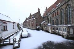 Hospital y canal de Jans del santo Foto de archivo