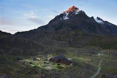 Hosteria Paine grandioso (Pehoe) do acima Foto de Stock Royalty Free