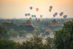 Free Hot Air Balloon Over Ancient Pagoda In Bagan, Myanmar Royalty Free Stock Photos - 96000418