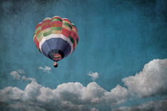 Hot air balloon over grunge background Royalty Free Stock Photo