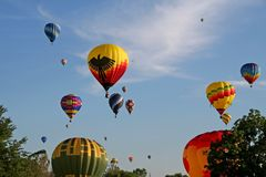 Hot air balloons. Colorful balloons flying high Royalty Free Stock Photography