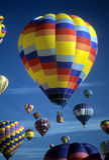 Hot air balloons agaisnt blue sky Royalty Free Stock Photography