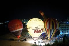 Hot air balloons night glow Stock Photography